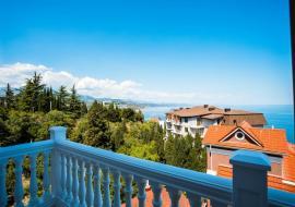 Гранатовое поместье - Стандарт с лоджией -  Алушта   гостиница