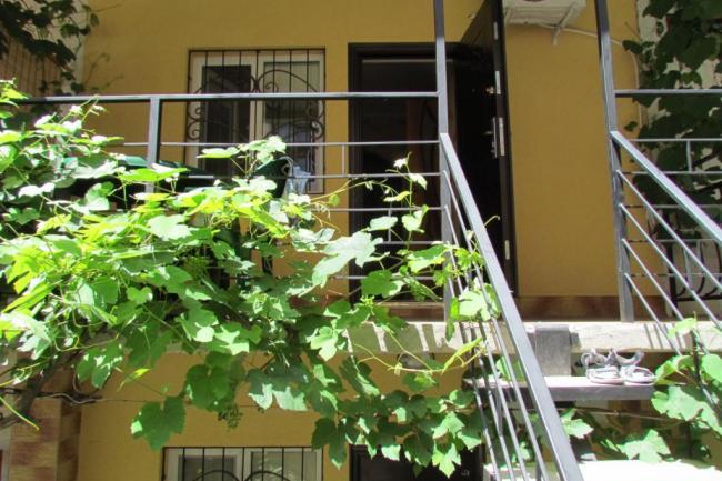 Алушта  Сдам квартиру – студию