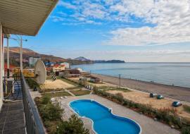 Три спальни 6+2чел - Крым Коктебель дом  с бассейном  рядом с морем