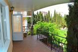 Алушта гостиница Мечта  коттедж номер с балконом
