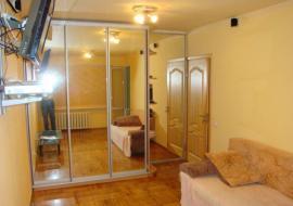 Продам  2-комнатную  квартиру в Алуште. ул.Ялтинская - Крым Недвижимость  в Алуште цены продам  квартиру